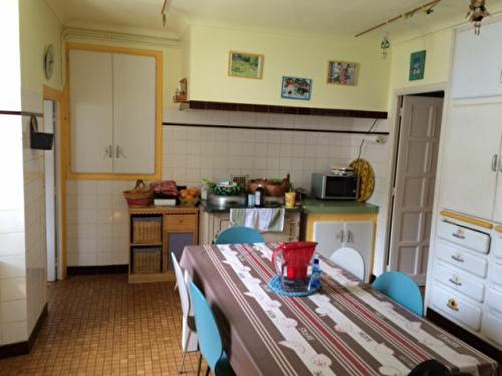 Achat Maison 9 pièces à Labastide-Rouairoux - vignette-6