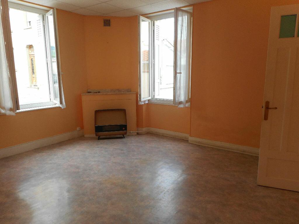 Achat Appartement 3 pièces à Mazamet - vignette-3