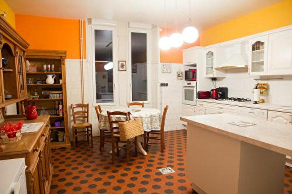 Achat Maison 14 pièces à Saint-Amans-Soult - vignette-15