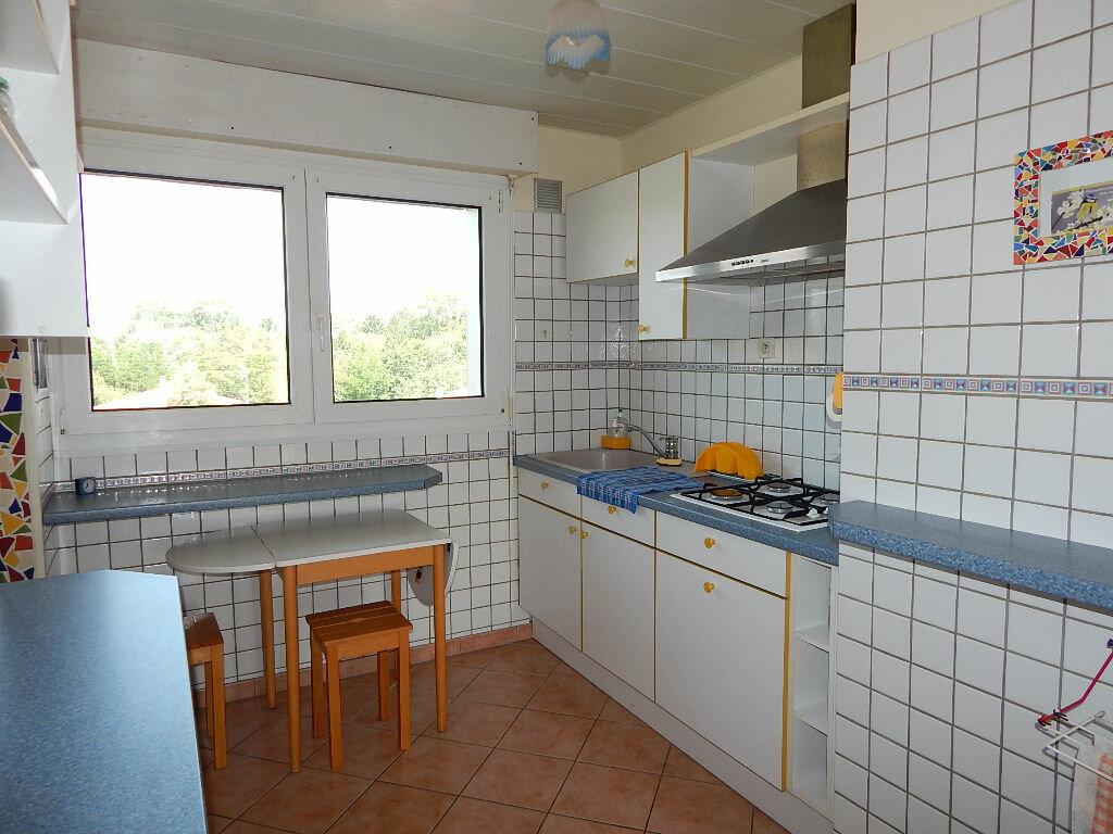 Achat Appartement 4 pièces à Saint-Pierre-d'Irube - vignette-3