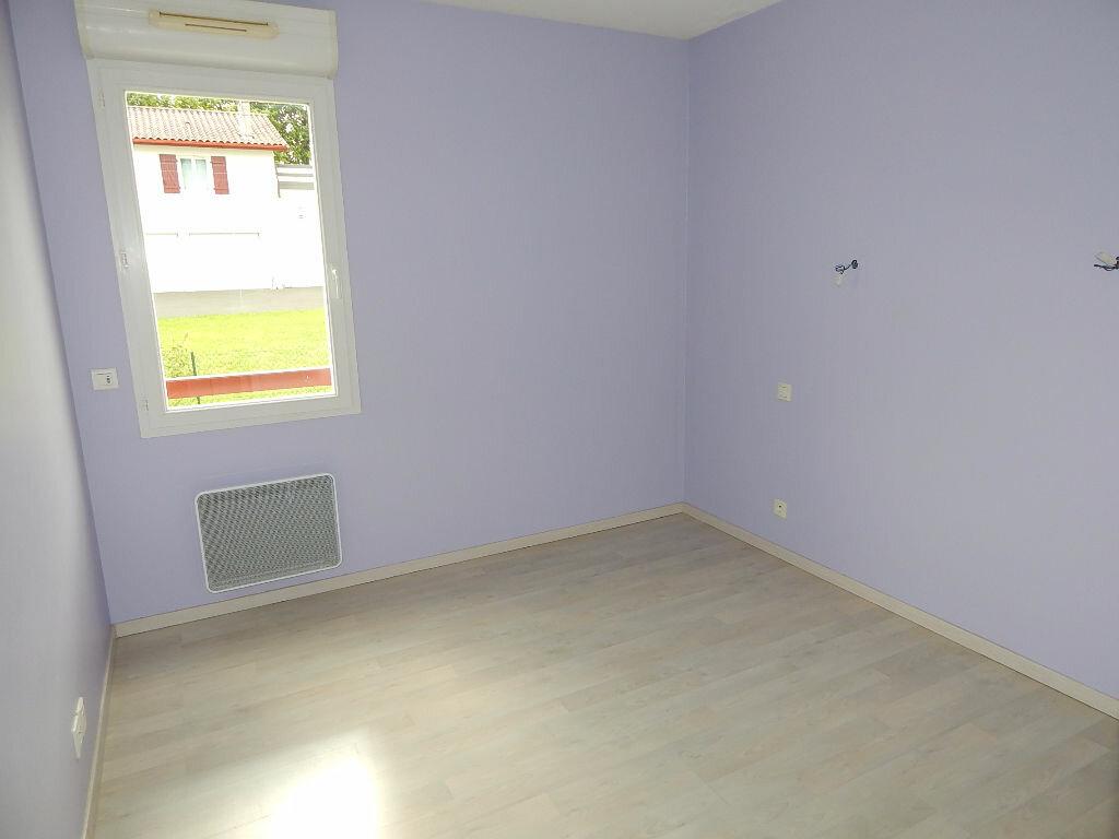 Achat Appartement 3 pièces à Saint-Pierre-d'Irube - vignette-4