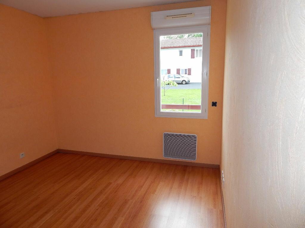 Achat Appartement 3 pièces à Saint-Pierre-d'Irube - vignette-5