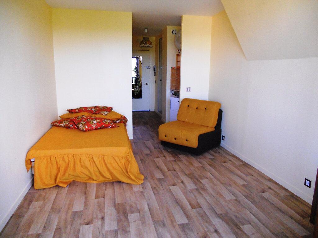 Achat Appartement 1 pièce à Blonville-sur-Mer - vignette-3