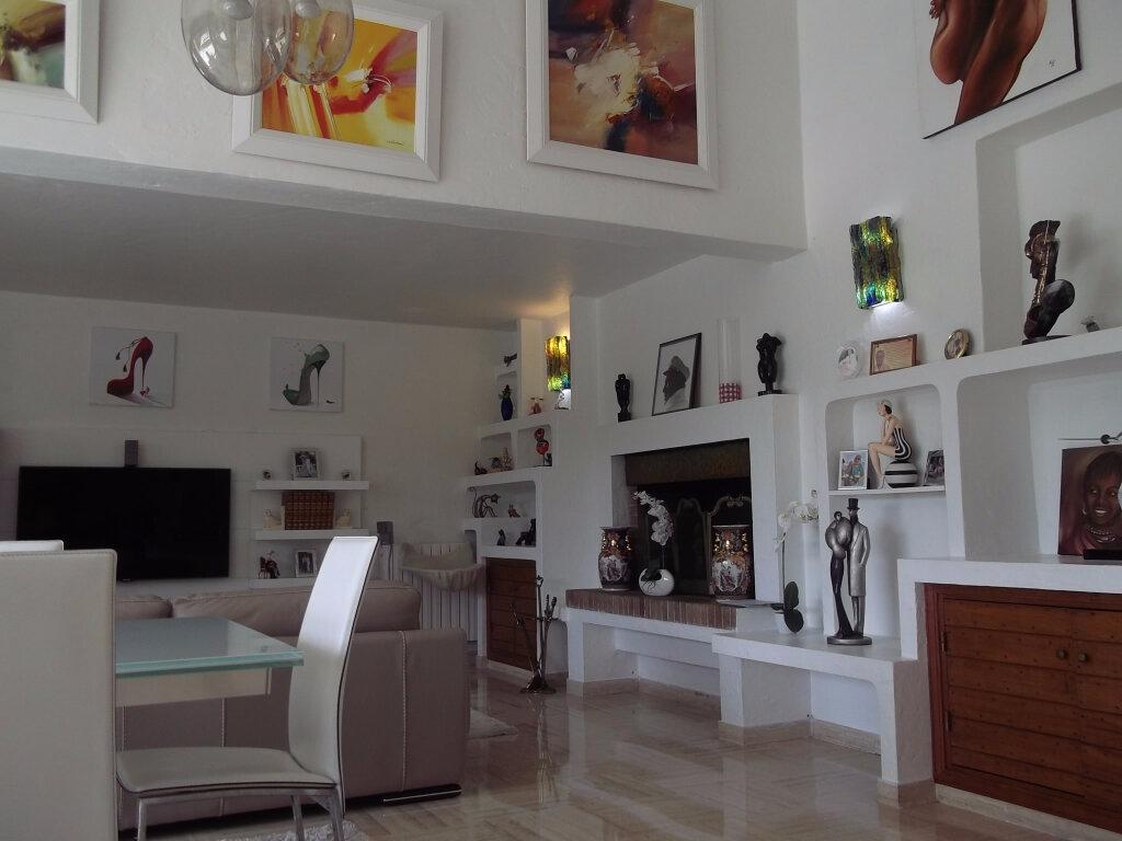 Achat Maison 8 pièces à La Colle-sur-Loup - vignette-4