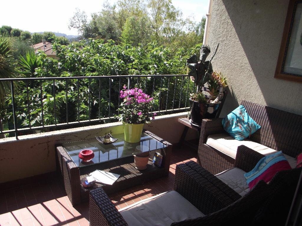 Achat Appartement 2 pièces à La Colle-sur-Loup - vignette-1