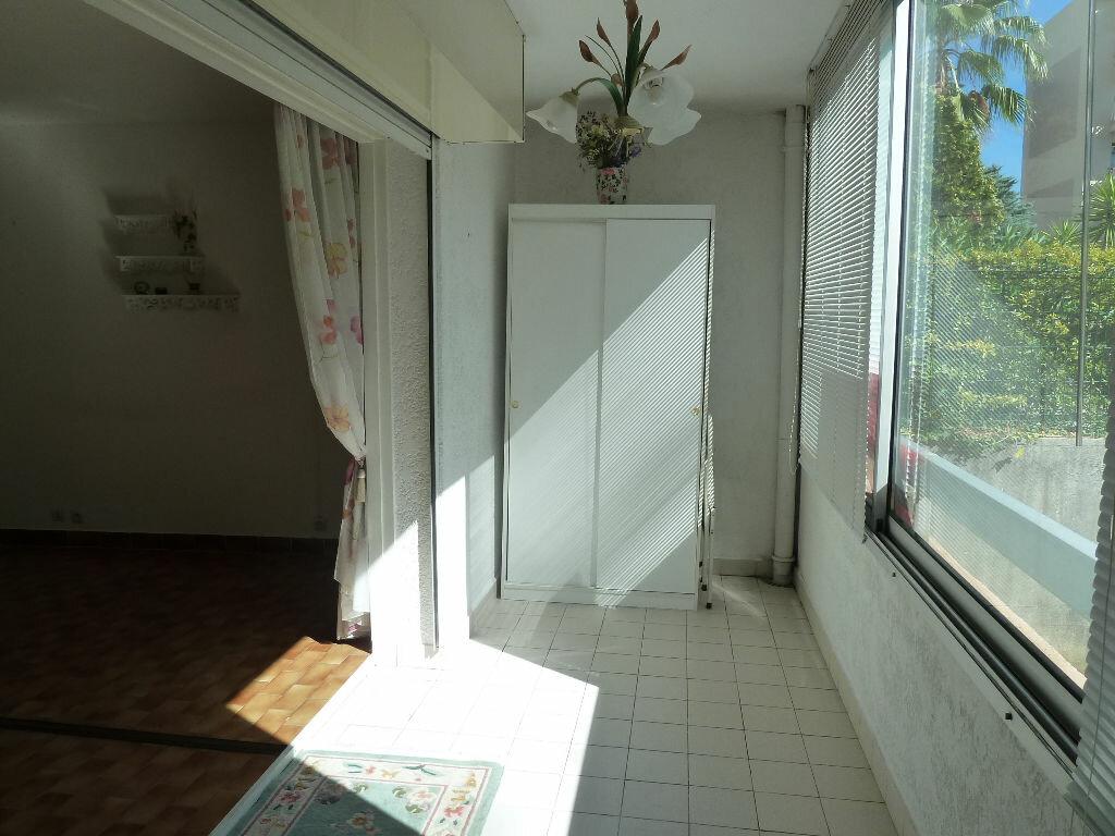 Achat Appartement 2 pièces à Vence - vignette-2