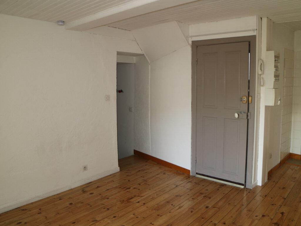 Location Appartement 3 pièces à Mende - vignette-5