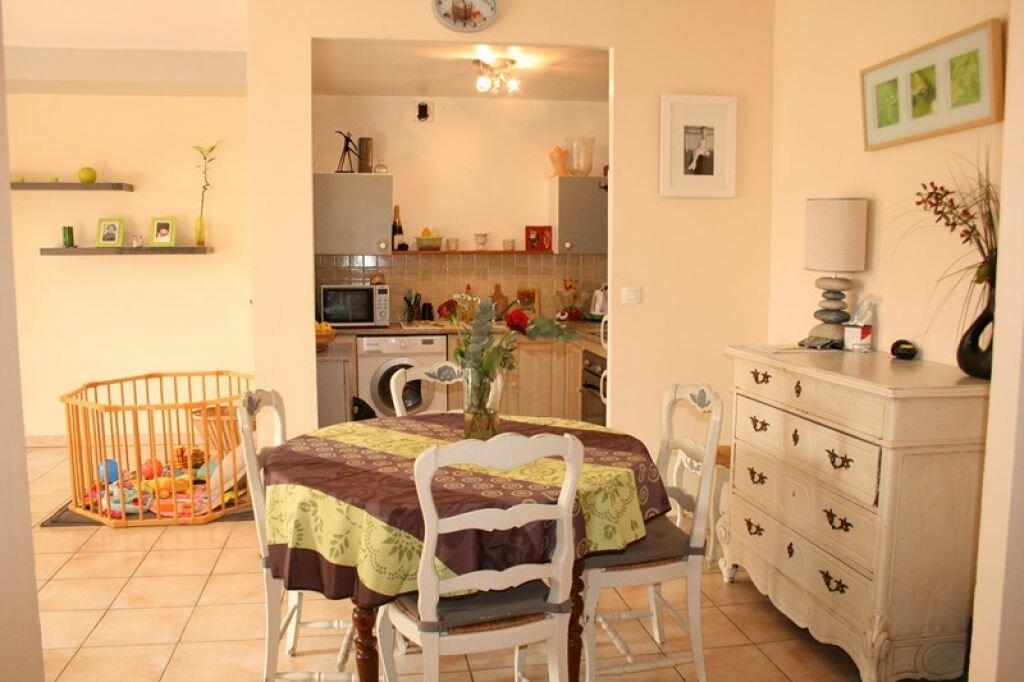 Achat Appartement 3 pièces à Le Beausset - vignette-2