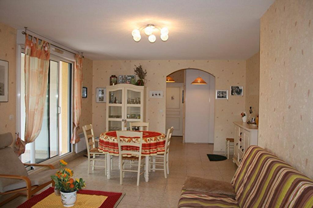 Achat Appartement 3 pièces à Le Beausset - vignette-6