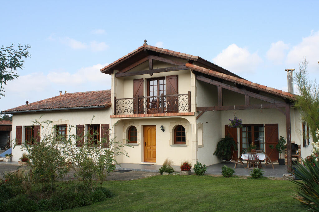 Achat Maison 6 pièces à Gamarde-les-Bains - vignette-1