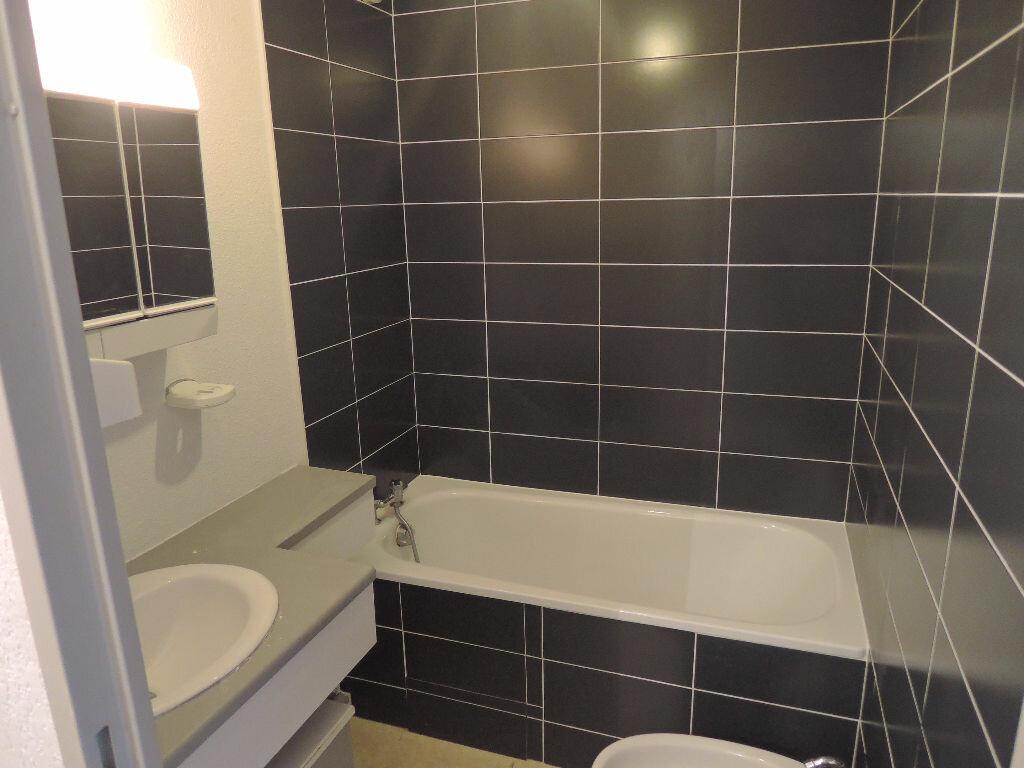 Achat Appartement 3 pièces à Saint-Martin-de-Seignanx - vignette-3