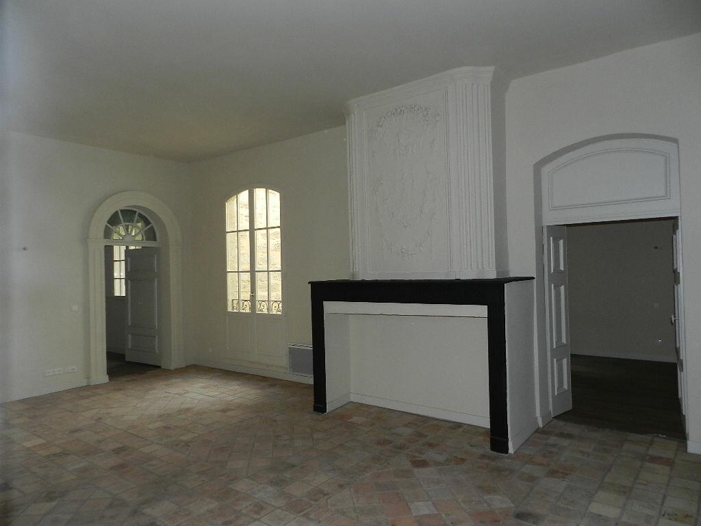 Location Appartement 4 pièces à Pézenas - vignette-1
