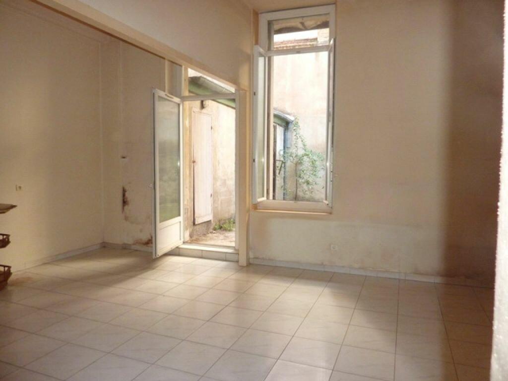 Achat Appartement 3 pièces à Béziers - vignette-2