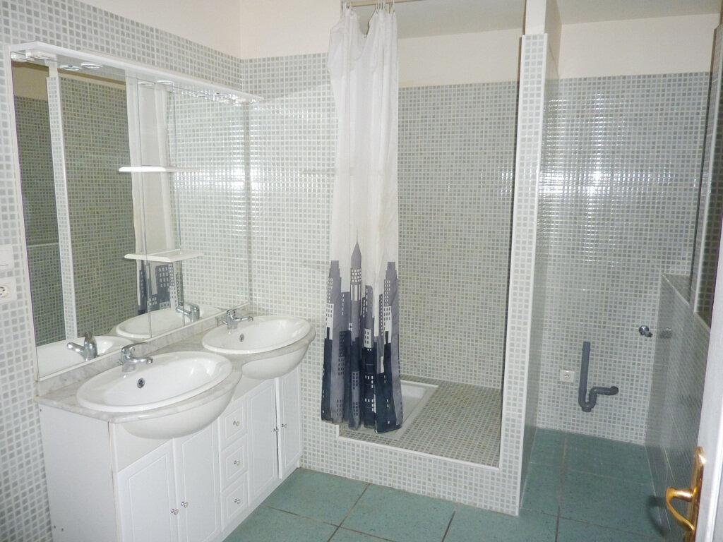 Achat Appartement 2 pièces à Béziers - vignette-5