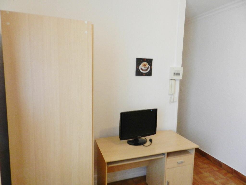 Location Appartement 1 pièce à Montpellier - vignette-5