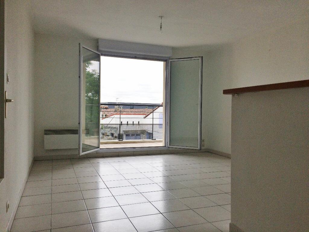 Achat Appartement 3 pièces à Lespinasse - vignette-1
