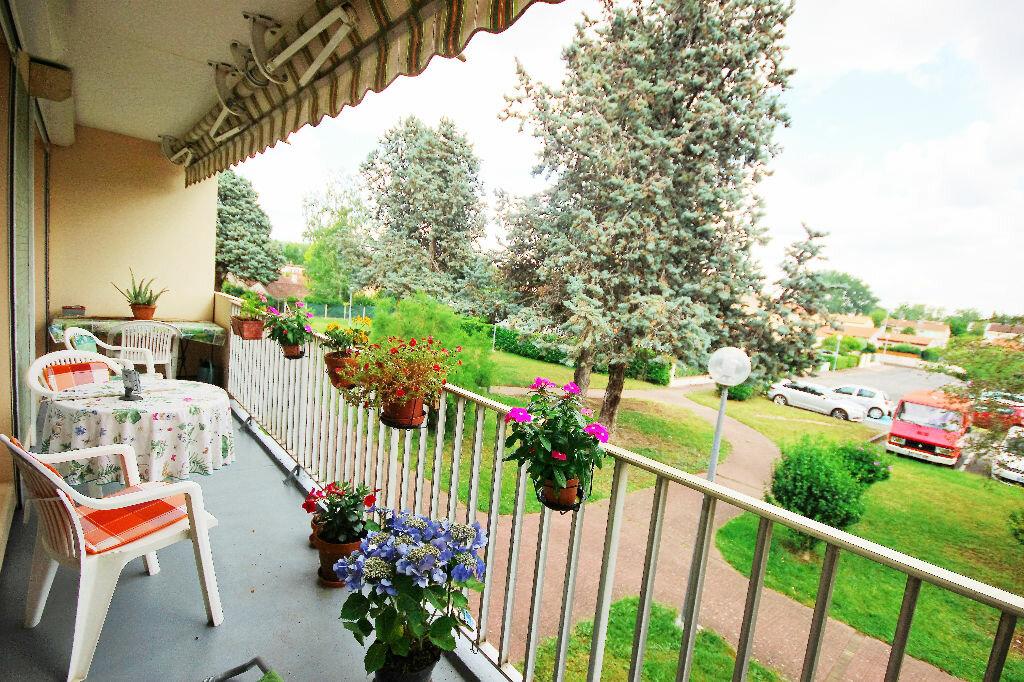 Achat Appartement 4 pièces à Ramonville-Saint-Agne - vignette-1