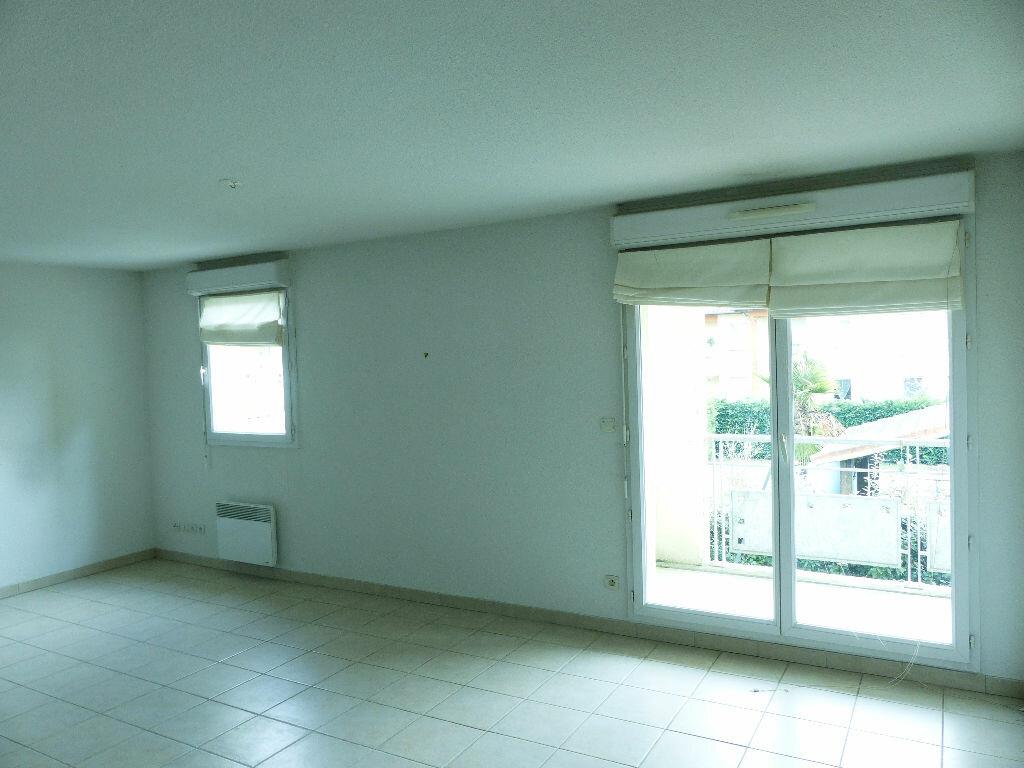 Achat Appartement 3 pièces à Castelginest - vignette-3