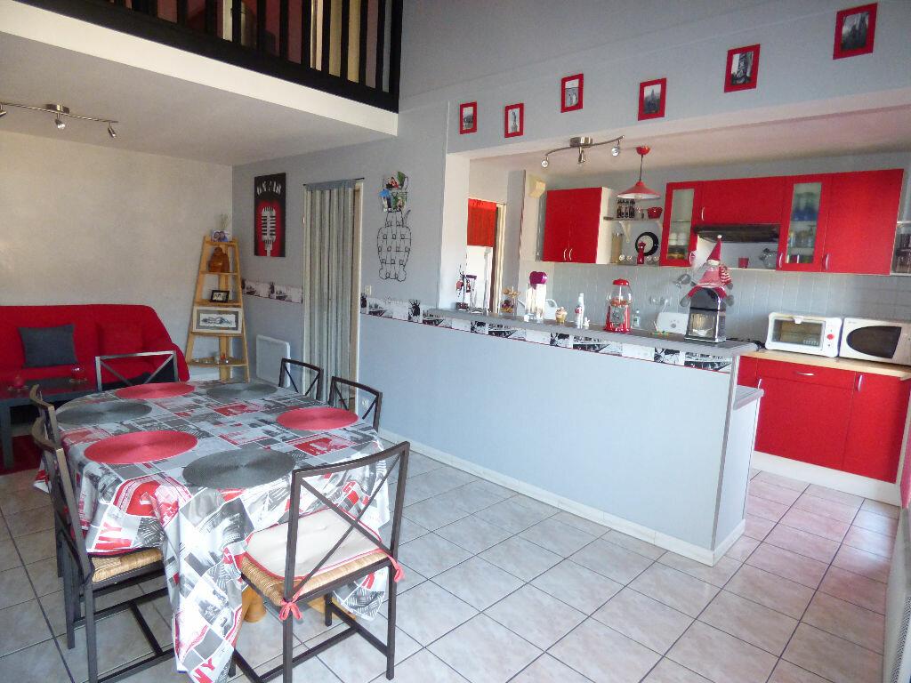 Achat Appartement 4 pièces à Villeneuve-Tolosane - vignette-1