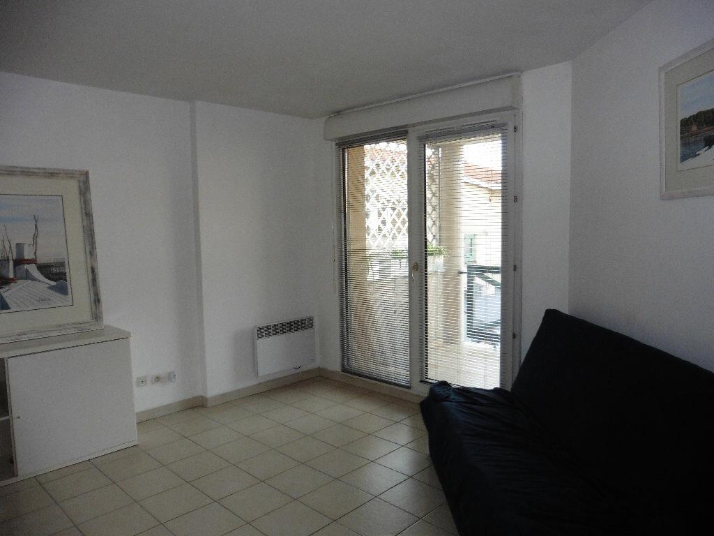 Location Appartement 3 pièces à Montagny - vignette-1