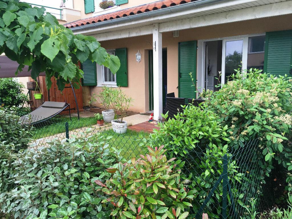 Achat Appartement 2 pièces à Fleurieux-sur-l'Arbresle - vignette-1