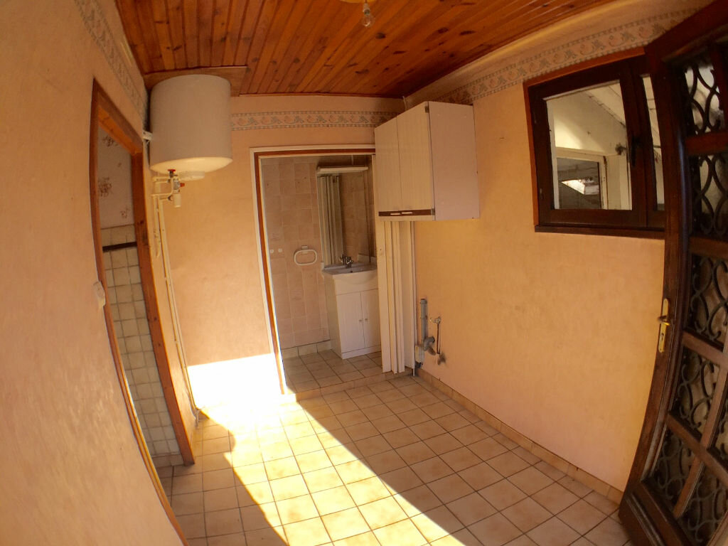 Achat Maison 4 pièces à Saint-Pierre-la-Palud - vignette-5