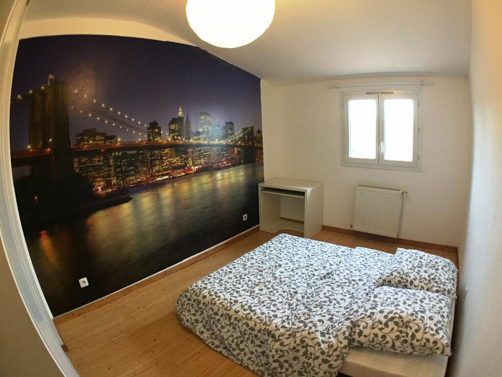Achat Appartement 3 pièces à Saint-Pierre-la-Palud - vignette-7