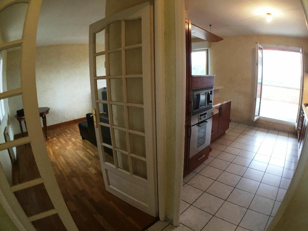 Achat Appartement 3 pièces à Saint-Pierre-la-Palud - vignette-8