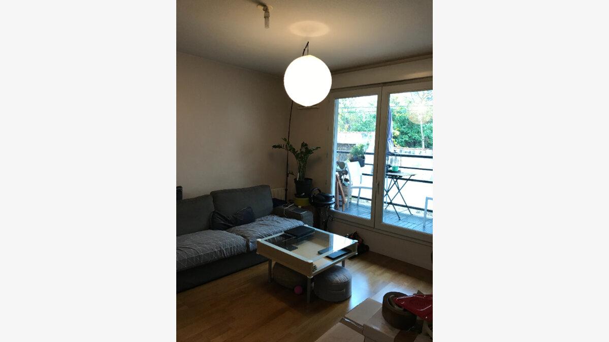 Location Appartement 3 pièces à Caluire-et-Cuire - vignette-1