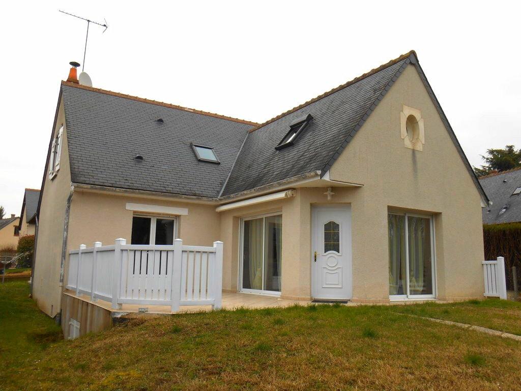 Achat Maison 6 pièces à Saint-Sulpice-de-Pommeray - vignette-1