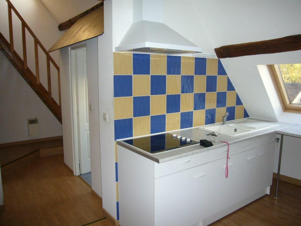 Location Appartement 3 pièces à Lorris - vignette-1