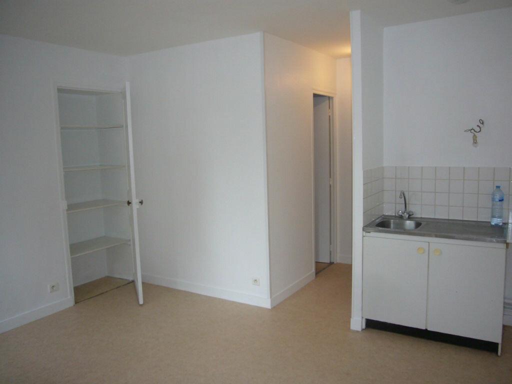 Location Appartement 2 pièces à Lorris - vignette-2