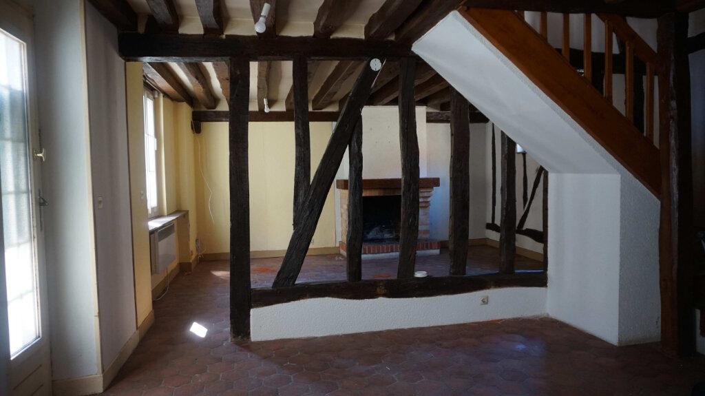 Location Maison 3 pièces à Lorris - vignette-1