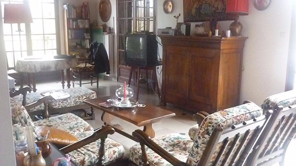 Achat Maison 7 pièces à Nogent-sur-Vernisson - vignette-2