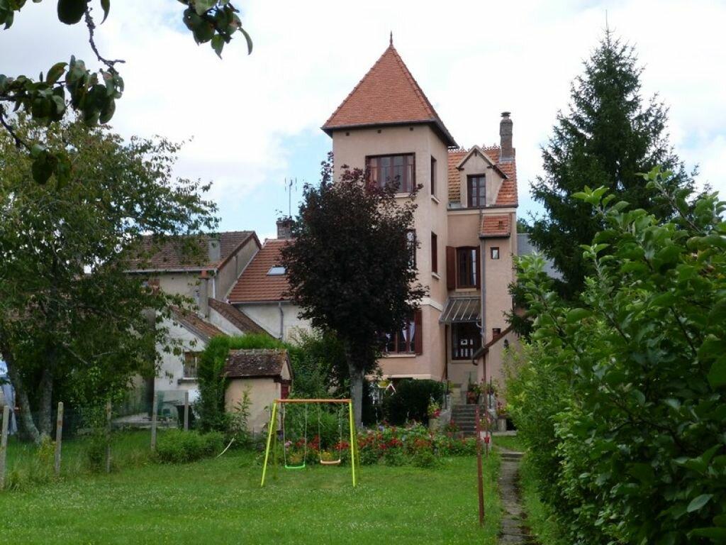 Achat Maison 10 pièces à Rogny-les-Sept-Écluses - vignette-1