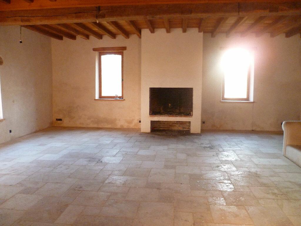 Achat Maison 19 pièces à La Chapelle-sur-Aveyron - vignette-11