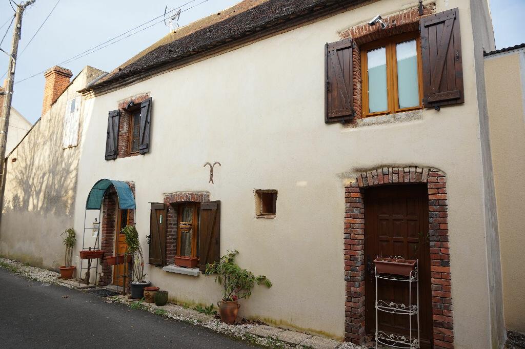 Achat Maison 4 pièces à Châtillon-Coligny - vignette-1