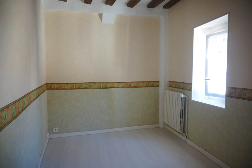 Location Maison 4 pièces à Châtillon-Coligny - vignette-5