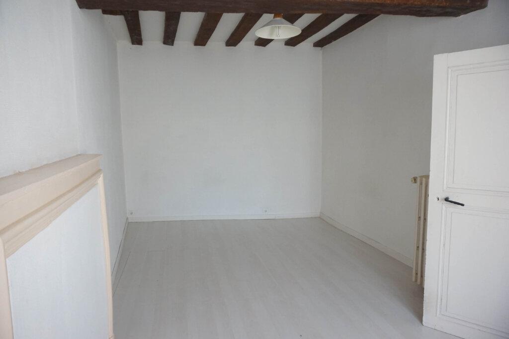 Location Maison 4 pièces à Châtillon-Coligny - vignette-6