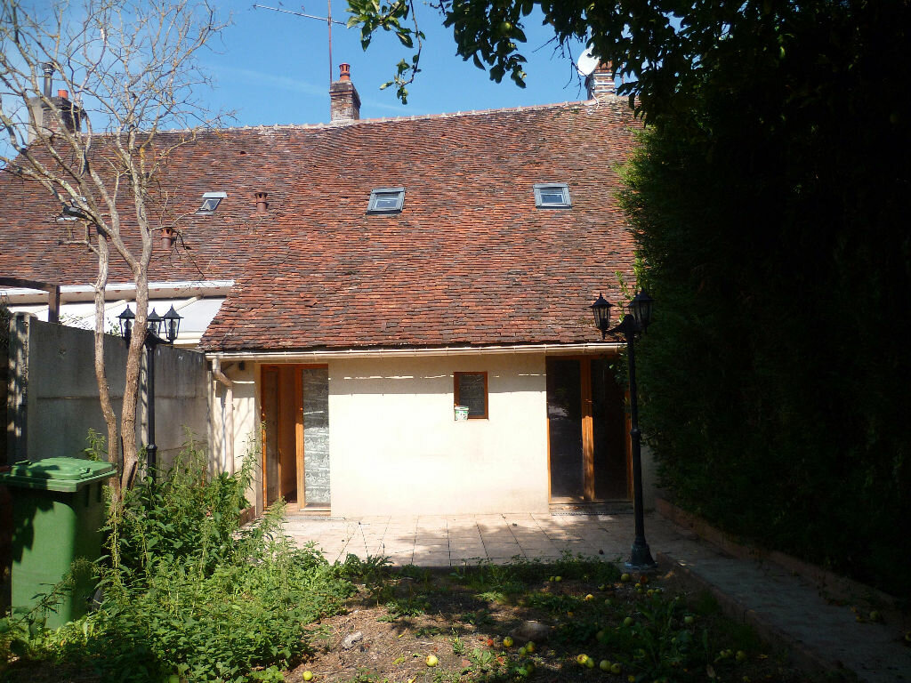 Achat Maison 4 pièces à Rogny-les-Sept-Écluses - vignette-5