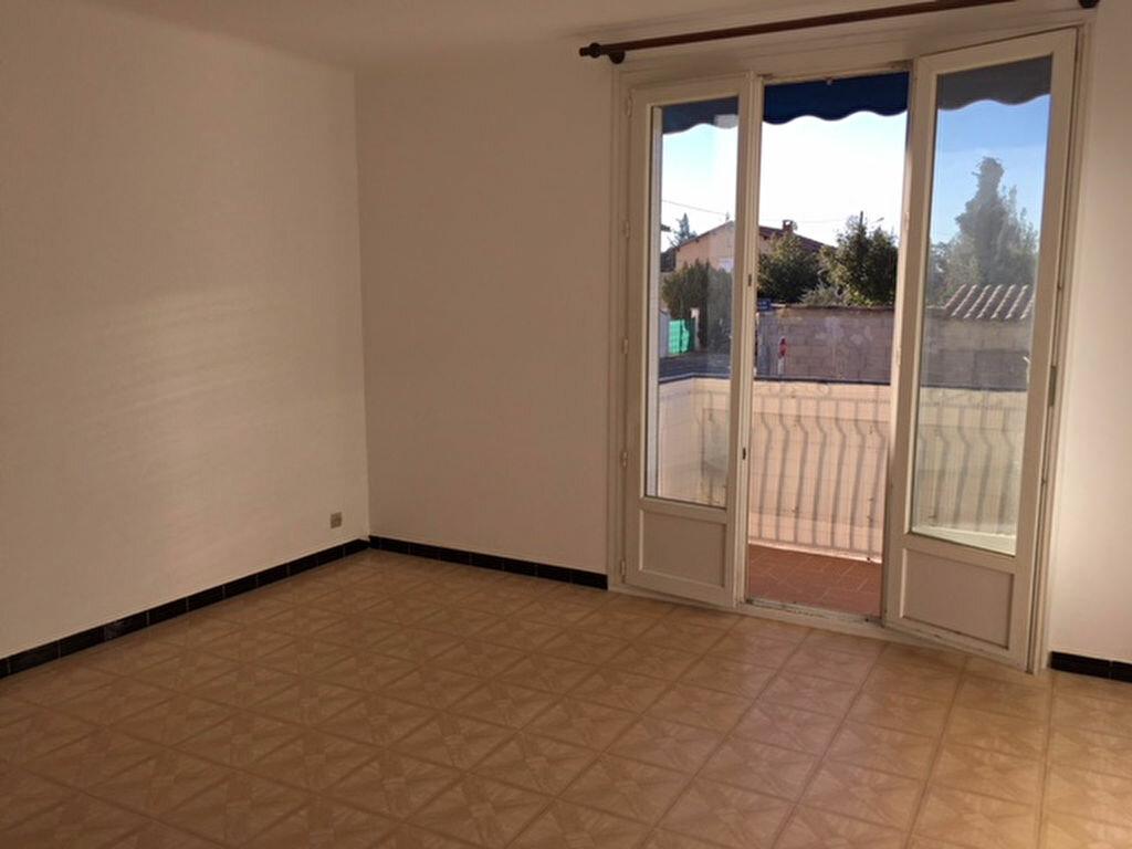 Location Appartement 3 pièces à Sorgues - vignette-1