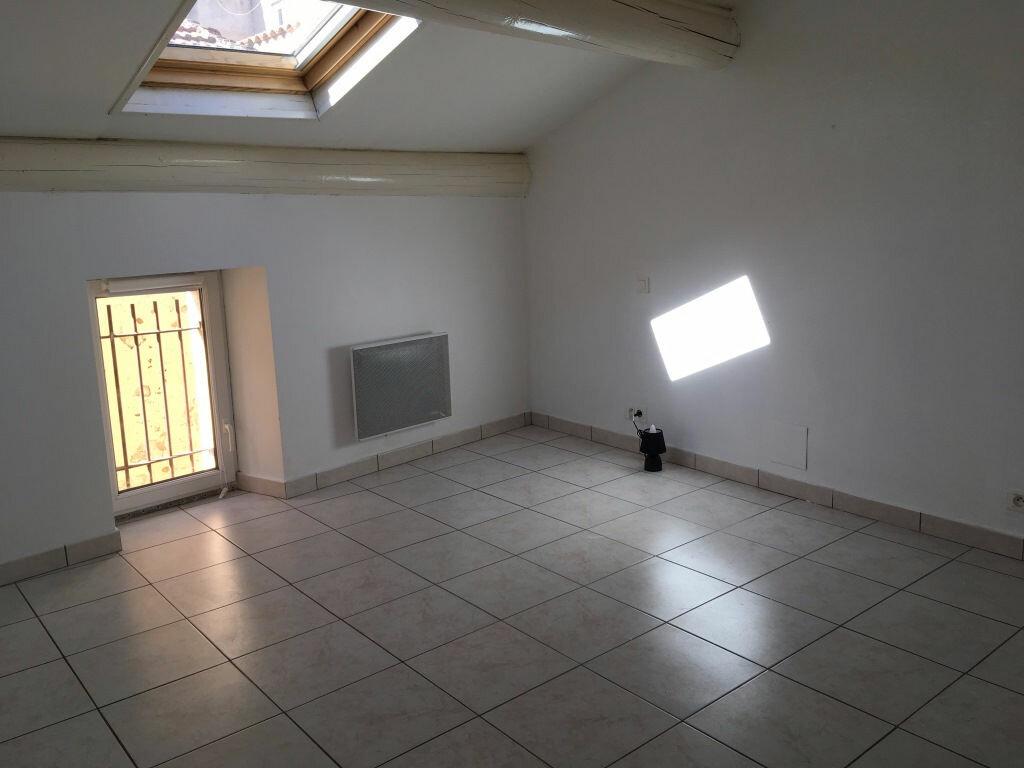 Location Maison 3 pièces à Domazan - vignette-6
