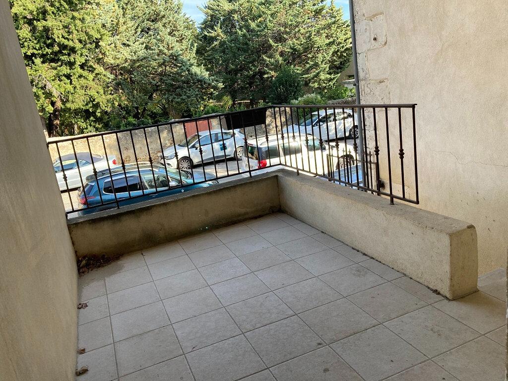 Location Maison 3 pièces à Domazan - vignette-7