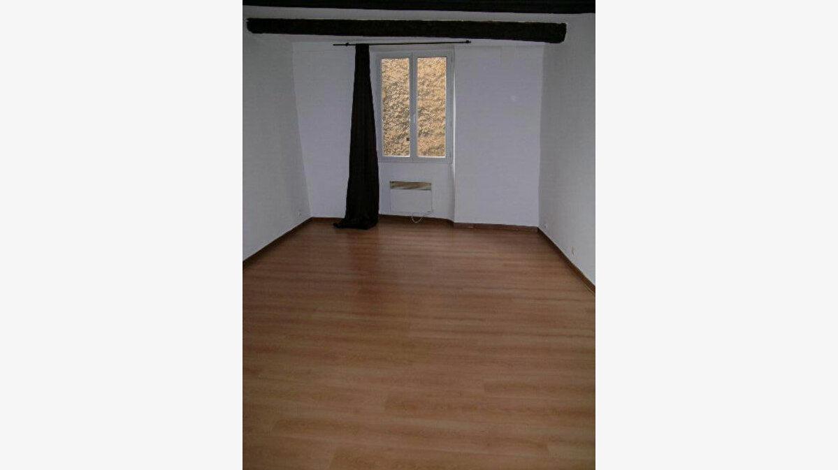 Location Appartement 2 pièces à Aups - vignette-5