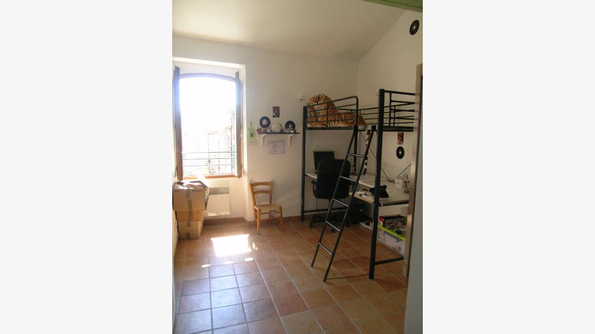 Location Appartement 4 pièces à Régusse - vignette-5