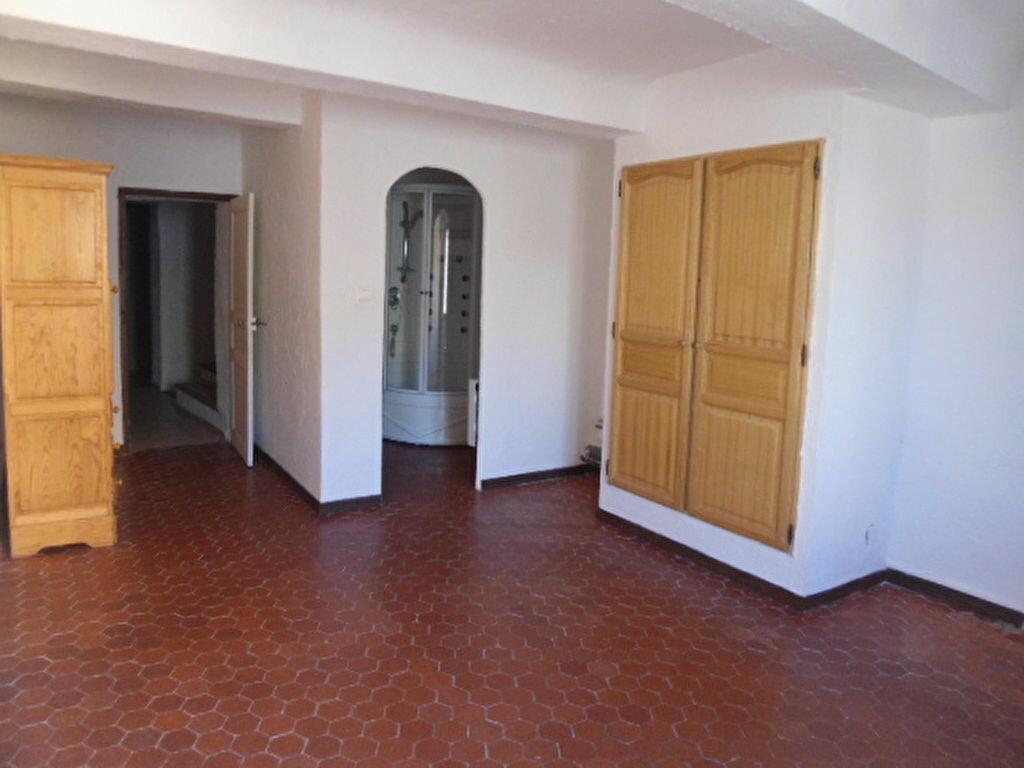 Location Maison 5 pièces à Aups - vignette-6