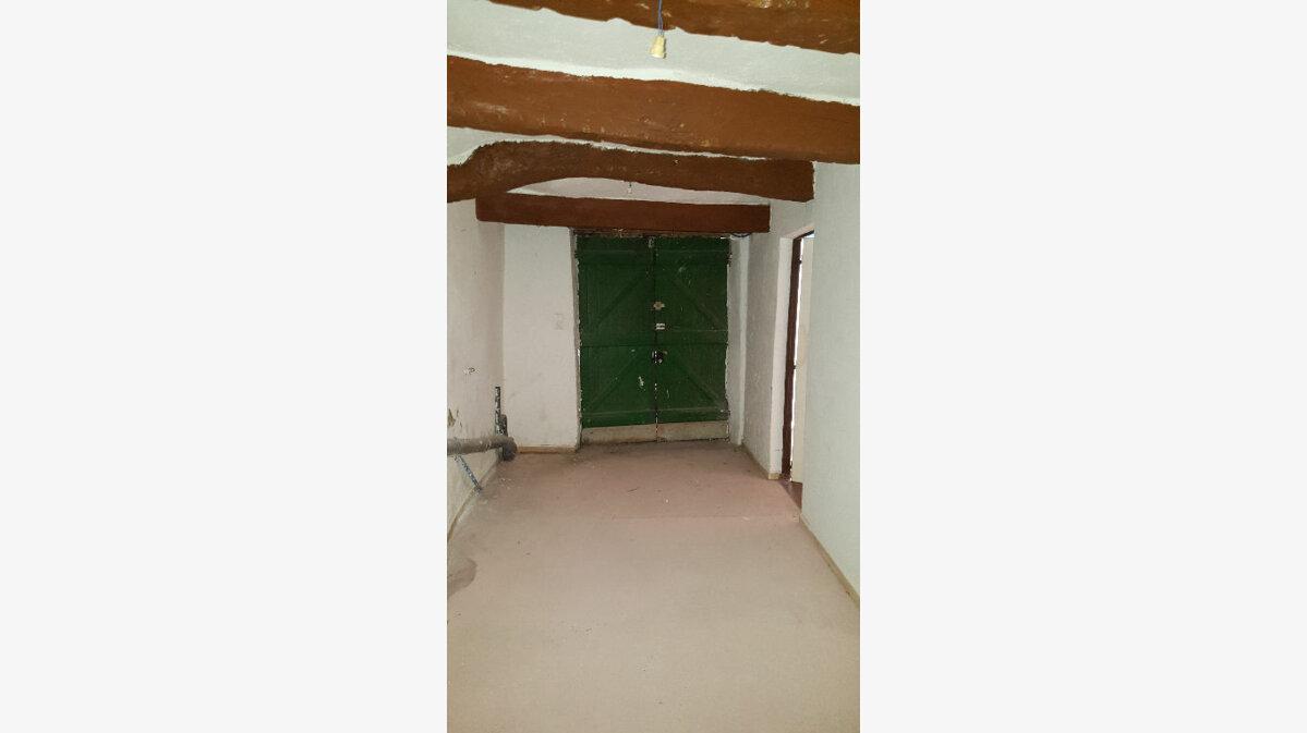 Location Maison 5 pièces à Aups - vignette-12