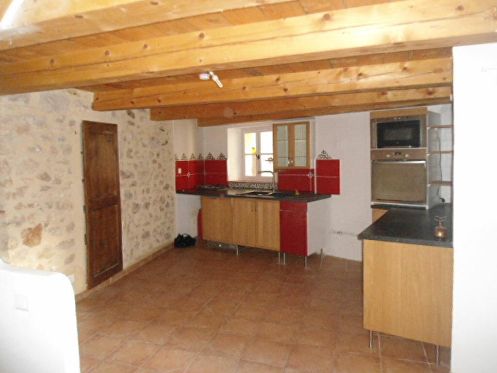 Location Maison 4 pièces à Aups - vignette-1