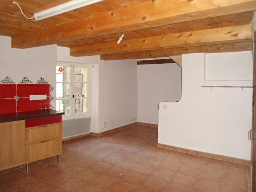Location Maison 4 pièces à Aups - vignette-6
