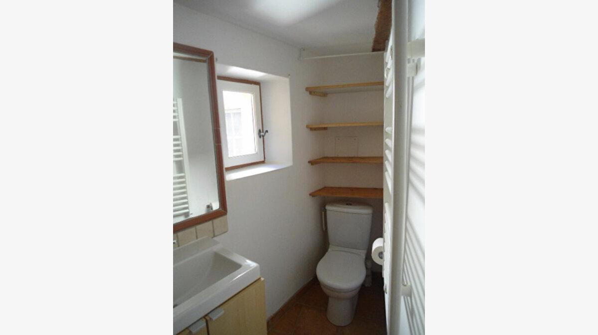 Location Maison 4 pièces à Aups - vignette-8